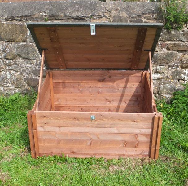 gardening works wooden raised beds compost bins. Black Bedroom Furniture Sets. Home Design Ideas