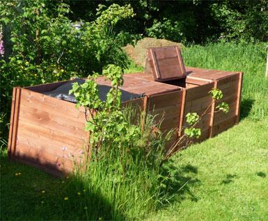 Big Square Quadruple Wooden Slot Down Compost Bin