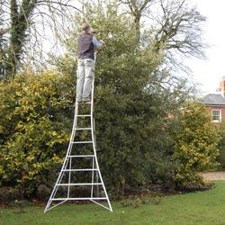 Henchman Professional Platform Tripod Ladders